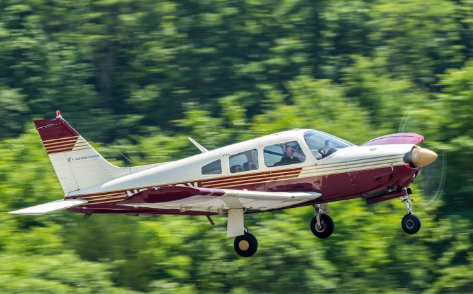 Piper PA-28R On The Go