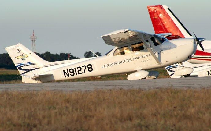 N91278 East African Civil Aviation Academy Cessna 172S Skyhawk SP