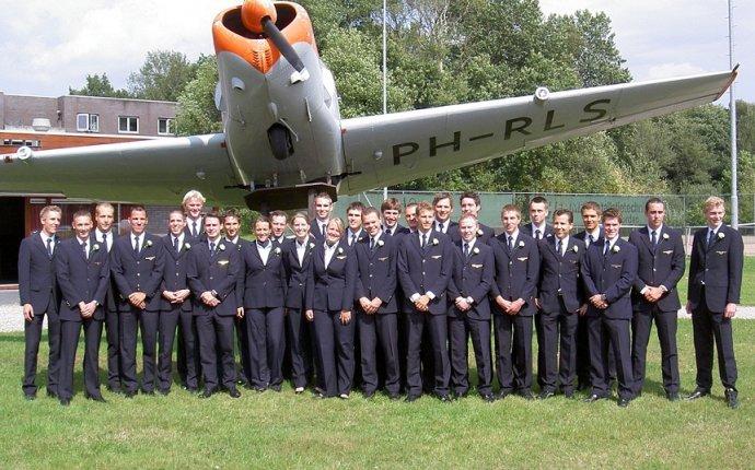 Oxford Aviation Academy N
