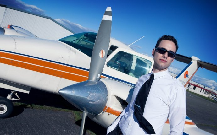 Professional Flight Centre in Vancouver Canada PPL | CPL | IFR