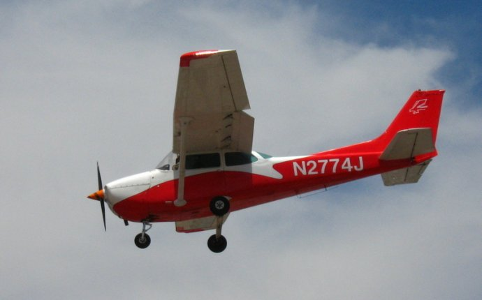 N2774J in flight