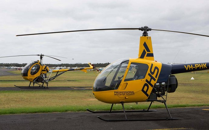 Helicopter pilot training Australia