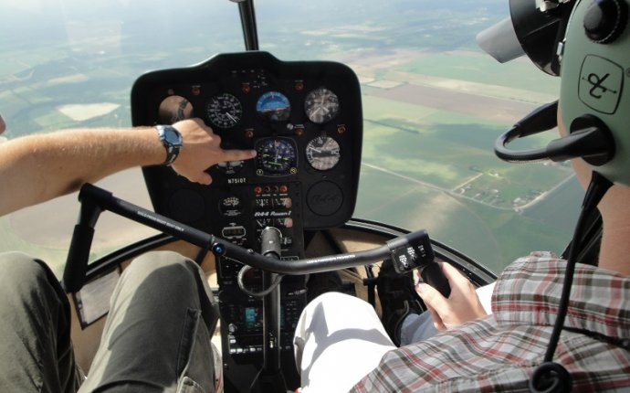 Helicopter pilot training Texas
