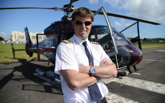 Helicopter pilot training Scotland